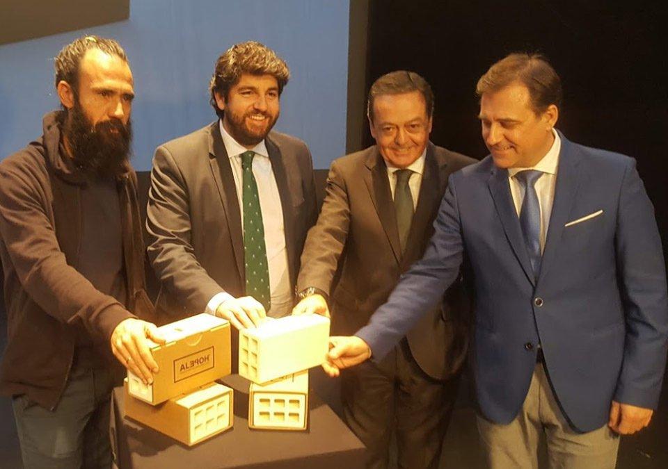"""FRECOM anima a los empresarios murcianos a comprar """"El ladrillo más valioso del mundo"""" 12 FRECOM"""