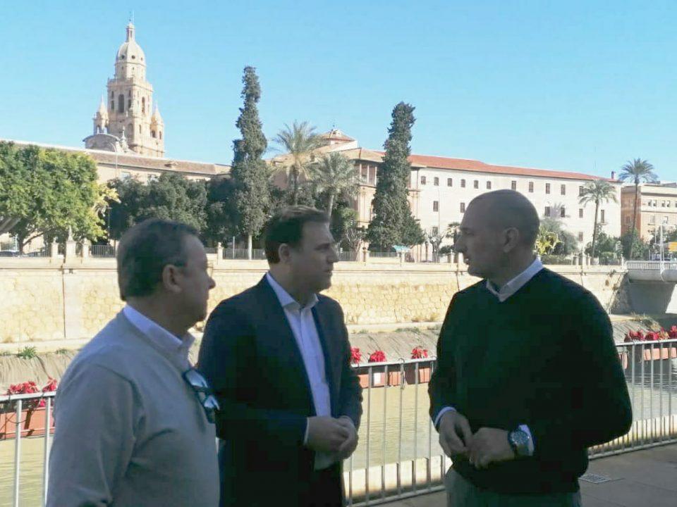FRECOM traslada al Ayuntamiento de Murcia la necesidad del sector de contar con más profesionales y más cualificados 32 FRECOM