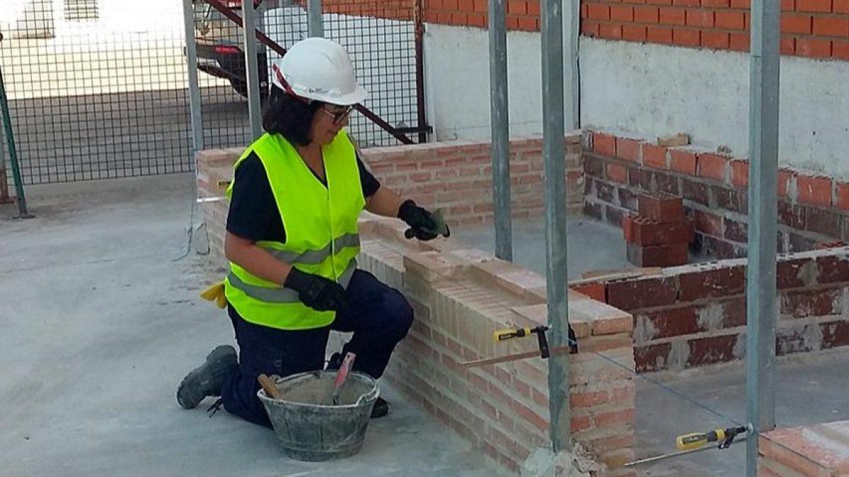 La Fundación Laboral de la Construcción de Murcia orientó en 2019 a más de 380 desempleados, ayudándoles a encontrar un trabajo en el sector 2 FRECOM