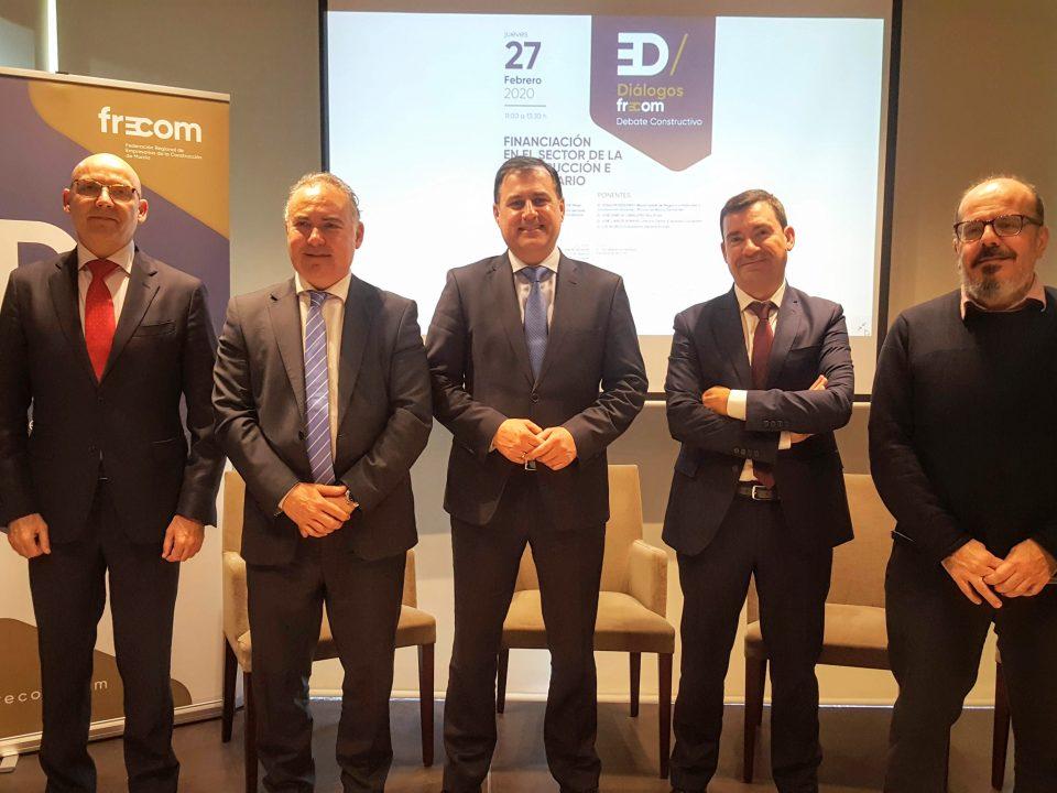 'Diálogos FRECOM' contó con expertos en banca y en nuevas alternativas a la financiación tradicional