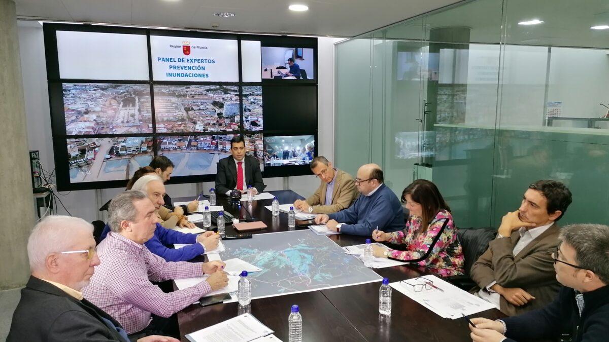 Imagen de la reunión de expertos, celebrada en la mañana del lunes 27 de julio