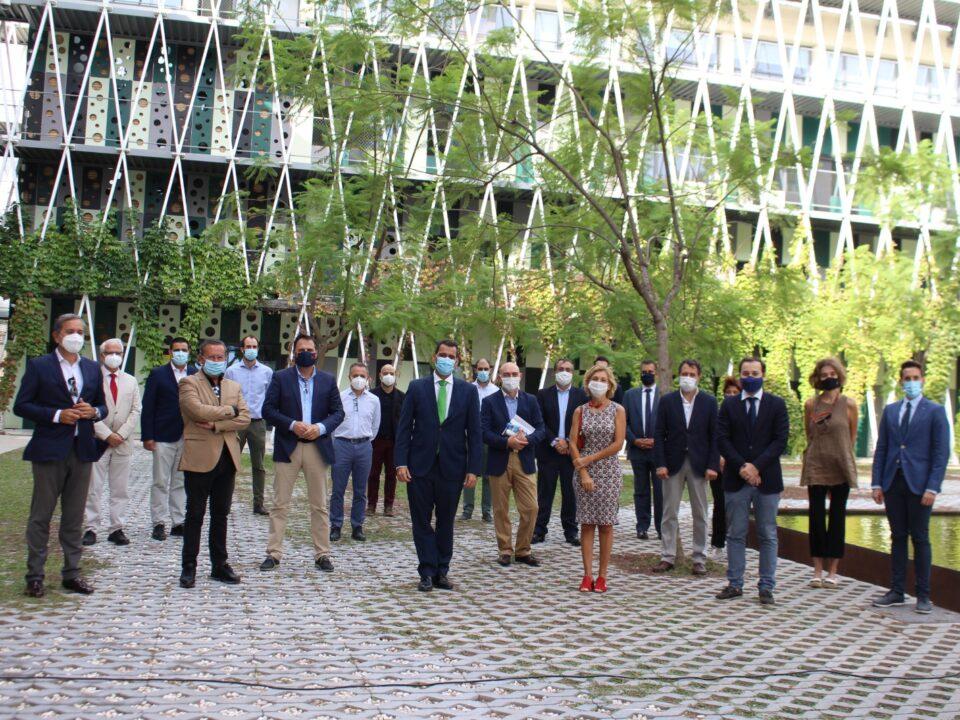 """""""La estrategia de arquitectura y construcción sostenible de la Región muestra el compromiso del sector por construir entornos urbanos más sostenibles"""" 4 FRECOM"""