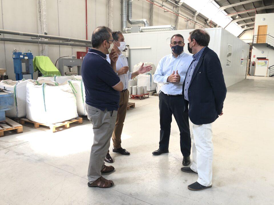 El Centro Tecnológico de la Construcción presenta sus instalaciones y proyectos al director general de Comercio e Innovación Empresarial de la CARM 2 FRECOM